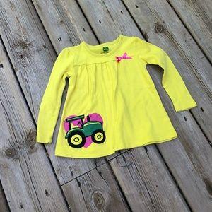 John Deere: Girls yellow T-shirt: Tractor 18-24m